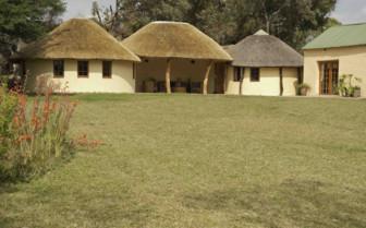 The cottages exterior at Horizon Horseback Safari Lodges