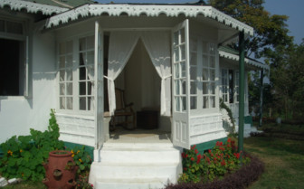 The suite sit out at Glenburn Tea Estate, luxury hotel in India