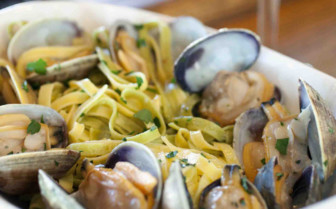 Italian pasta with mussels