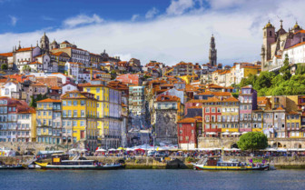Colourful Porto Houses on the riverfront