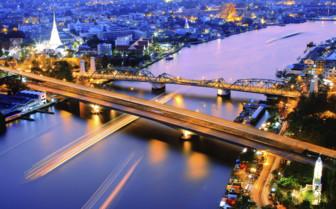 Chaopraya River at Night
