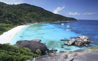 Crescent Beach - Similan Islands