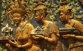 Apsara Carvings in Phnom Penh