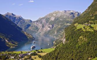 Ships at Geirangerfjord