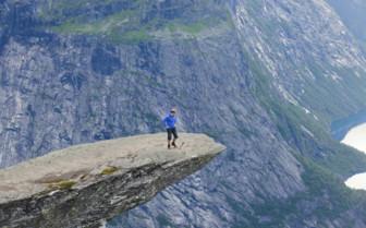 Hiking Figure