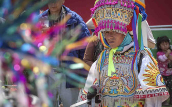 Traditional Dress Lima
