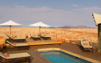 The swimming pool at Wolwedans Dunes Lodge