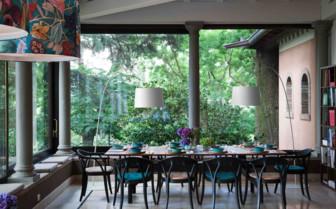 Club Table in Vista Lago Bistro