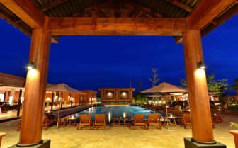 Bagan Lodge pool at night