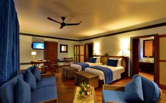Twin room Bagan Lodge