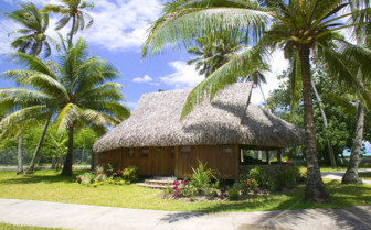 Superior Garden Beach bungalow