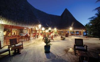 Dining area at Tikehau Resort
