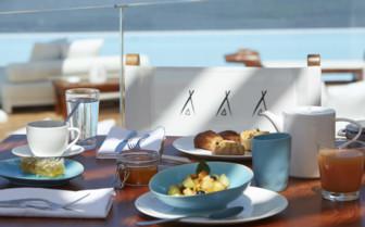 Breakfast at Nikki Cafe