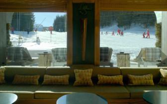 Salon view of Bellecote ski slope