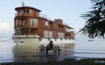 Mooring the 2012 boat