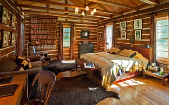 Major Ross cabin