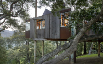 The treehouse at Post Ranch Inn, luxury hotel in the Big Sur