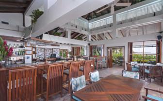 Bar at Victoria House, Belize
