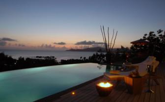 Presidentielle Villa terrace overlooking La Digue Island