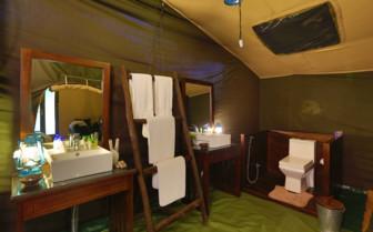 Luxury Tent Bathroom, Yala Leopard Trails