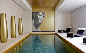 The indoor pool at Monte Mulini hotel