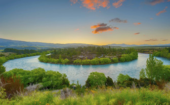 Oxbow Lake in Clutha River