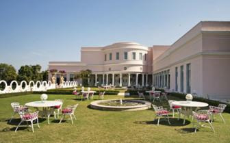 Lawn dining, Rajmahal Palace