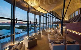 Saffire Freycinet lounge