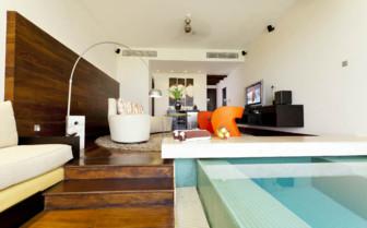 Plunge pool room at the Fortress, Sri Lanka