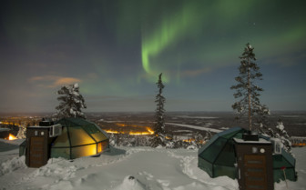 Northern lights at the Levi Igloos