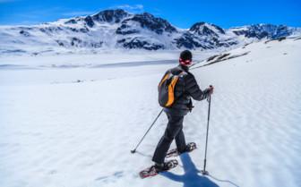 Snowshoeing at Winterlake Lodge