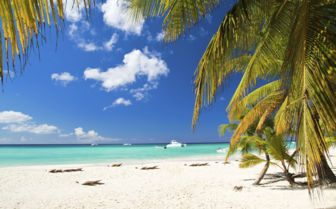 Idyllic beach, Cuba