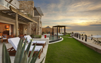 Presidential suite with garden at Capella Pedregal, luxury hotel in Mexico
