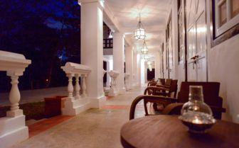 Villa Samadhi hallway