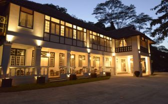 Villa Samadhi Exterior at night