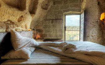 Room with a View, Sextantio Grotte Della Civitta Matera