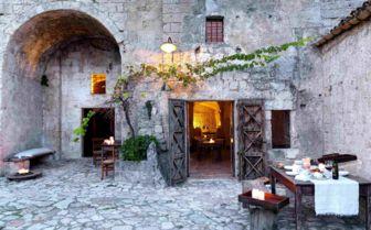 Courtyard, Sextantio Grotte Della Civitta Matera