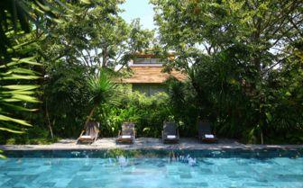 Swimming Pool at Fusion Maia