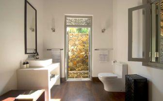 Bathroom at Ivory House, Sri Lanka