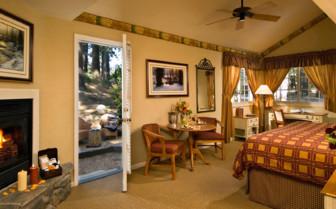 Luxury bedroom at Tenaya Lodge