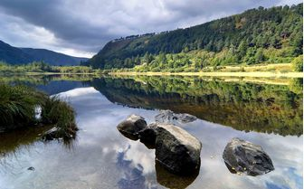 An image of Glendalough lake, Dublin