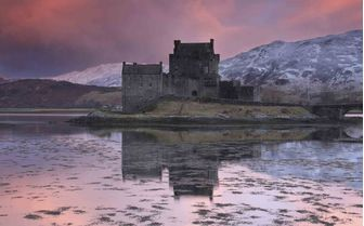 An image of Elean Donan Castle