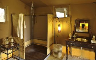 Elephant Pepper Camp Luxury Bathroom