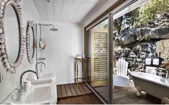 villa marie outdoor bath