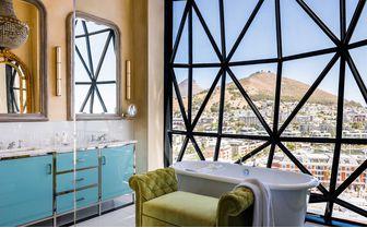 the silo luxury room bathroom