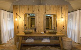 sable-alley-bathroom