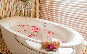hotel_des_arts_bath