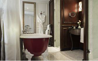 hotel_des_arts_bathroom