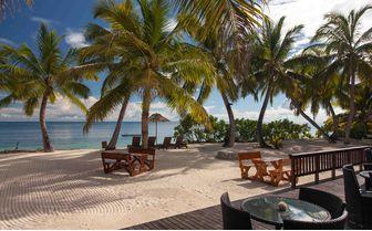 alphonse_beach_dining_view