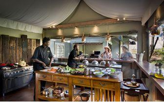 dubaplains_chefs_kitchen
